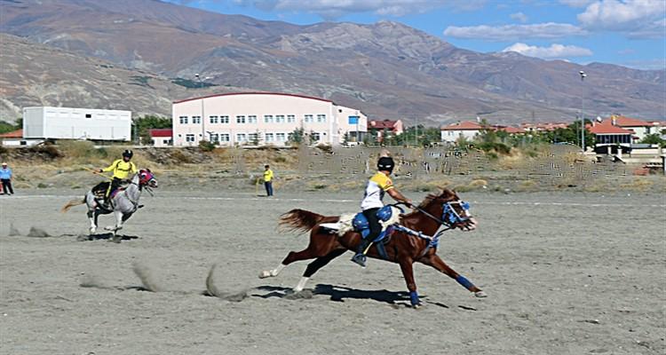 Atlı Cirit Ligi Yükselme Turu D Grubu Müsabakalarının Fikstürü ve Sonuçları